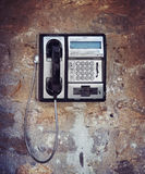 Beschadigde oude telefoon Royalty-vrije Stock Afbeeldingen