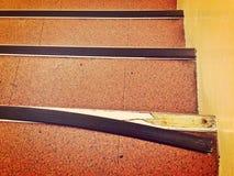 Beschadigde stap van een trap royalty-vrije stock afbeelding