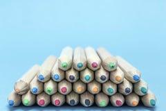 Beschaffenheit der farbigen Bleistifte Stockbild