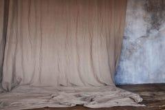 Beschaffenheit der grauen Schmutzwand und des Segeltuchgewebes lizenzfreie stockbilder