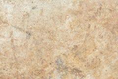 Beschaffenheit der Oberfläche der alten Wand des Gebäudes, dort sind Brüche, Sprünge, Farbscheidungen und Salzablagerungen stockbilder