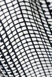 Beschaffenheit der Schwarzweiss-Mode druckt Muster mit Gewebe des geometrischen Designs Lizenzfreie Stockfotos