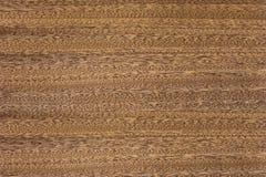 Beschaffenheit des Holzes mit einem natürlichen Muster Roter Baum Stockfoto