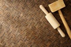 Beschaffenheit des natürlichen Bambuswebart-Nudelholzhammers Stockbild