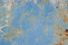 Beschaffenheit farbiger Hintergrund alte rostige blaue Metalloberfläche Beschaffenheit von Sprüngen Stockfotografie
