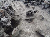 Beschaffenheiten der schwarzen Lava in der großen Insel Stockfotografie