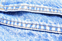 Beschaffenheitsblau von Jeans Lizenzfreie Stockfotos