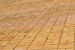 Beschaffenheitsmaurerarbeit Große Wand des gelben Ziegelsteines Stockfoto