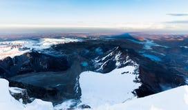 Beschatten Sie Bergspitzekante über Wolken Huayna Potosi, Bolivien Lizenzfreie Stockfotografie