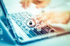 Bescherm de gegevensconcept van de wolkeninformatie Veiligheid en veiligheid van wolkengegevens Royalty-vrije Stock Afbeelding