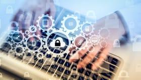Bescherm de gegevensconcept van de wolkeninformatie Veiligheid en veiligheid van wolkengegevens Stock Fotografie