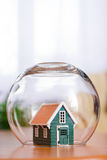 Bescherm uw huis Stock Afbeeldingen