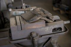 Beschermende Handschoenen op Onderbreking royalty-vrije stock fotografie