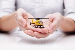 Bescherming van helikopter (concept) Stock Afbeeldingen