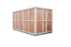 Beschermings houten doos voor containergoederen invoer-uitvoer geïsoleerd w Stock Afbeeldingen