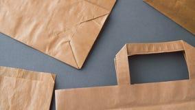 Beschikbare document zakken stock video
