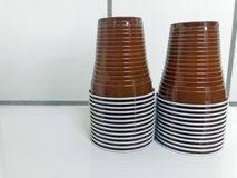 Beschikbare plastic koppen Royalty-vrije Stock Foto's