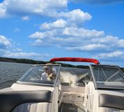 Beschleunigen Sie Bootfahrt in Kentucky Lizenzfreie Stockbilder