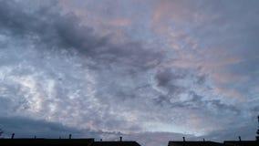 Beschmutzter Himmel Stockfoto