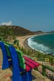 Beschränkter Blick der Küste von unbesetztem farbigem Steinstuhl am Standpunkt, Kailashgiri, Visakhapatnam, Andhra Pradesh am 5.  Lizenzfreie Stockfotografie