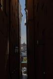 Beschränkter Blick die alte Stadt Stockbild