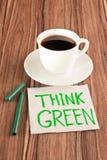 Beschreibung denken Grün auf einer Serviette Stockbilder