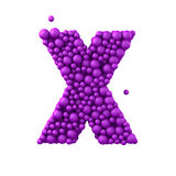 Beschriften Sie X, das von den Plastikperlen, die purpurroten Blasen gemacht wird, lokalisiert auf Weiß, 3d übertragen Lizenzfreies Stockbild