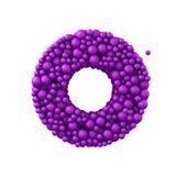 Beschriften Sie O, das von den Plastikperlen, die purpurroten Blasen gemacht wird, lokalisiert auf Weiß, 3d übertragen Lizenzfreies Stockfoto