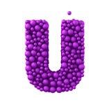 Beschriften Sie U, das von den Plastikperlen, die purpurroten Blasen gemacht wird, lokalisiert auf Weiß, 3d übertragen Stockbilder