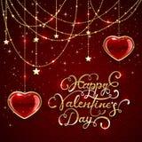 Beschriftende Valentinsgrüße und funkelnde Herzen auf rotem Hintergrund Stockbild