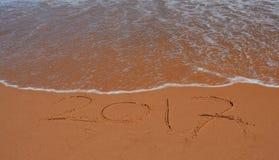 Beschriftung 2017 auf dem Strand Lizenzfreies Stockbild