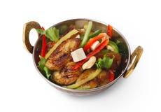 Besegrar den indiska restaurangen för strikt vegetarian och för vegetarian, stekt isolerad paneersallad Arkivfoton
