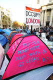Besetzen Sie das Londonkampieren lizenzfreies stockbild