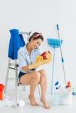 Besetzte Hausfrau Stockbild