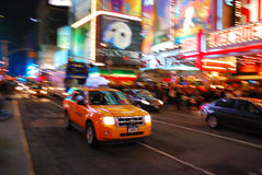 Besetzter Verkehr im Times Square, New York City Lizenzfreie Stockfotos
