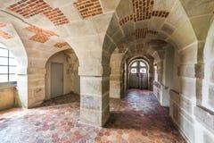 Besichtigen der königlichen Abtei von Fontevraud Lizenzfreie Stockfotografie