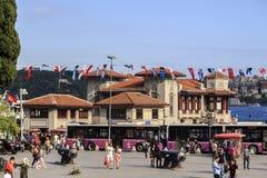 Besiktas-Fährendock, Istanbul, die Türkei Lizenzfreie Stockfotografie