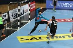 Besiktas MOGAZ HT och Dinamo Bucuresti handbollmatch Fotografering för Bildbyråer