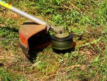 Beskäraregräsklippningsmaskin Arkivbild