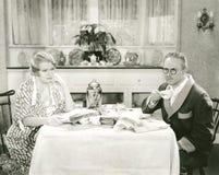Beskåda över frukosten royaltyfria bilder