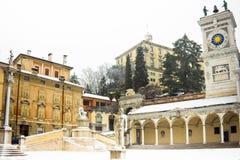 Castel av Udine med snow Royaltyfri Foto