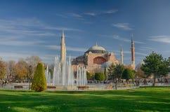 Beskåda av den ayasofia moskén Arkivbild