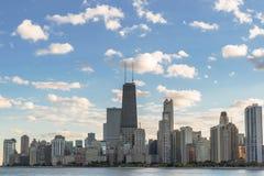 Beskåda av i stadens centrum Chicago Arkivbilder