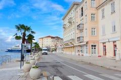 Beskåda av medelhavs- town Royaltyfria Foton