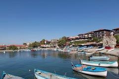 Beskåda av staden gammala Nessebar och havet Arkivfoto