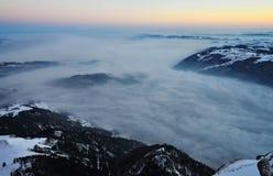 Den Rigi alpen med beskådar på laken av Zug Royaltyfria Bilder