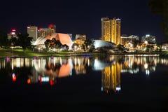 Adelaide på natten Fotografering för Bildbyråer