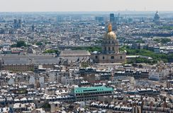 Beskåda på Paris från Eiffelen står hög Fotografering för Bildbyråer