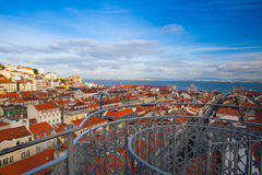 Beskåda uppifrån av den Santa Justa hissen på Lissabon Fotografering för Bildbyråer
