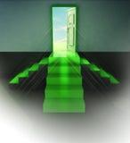 Beskådar den gröna dörröppningscentralen för trappuppgång tre signalljuset Arkivbild